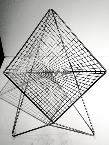 Parabola Chair | by La Femme Architecte