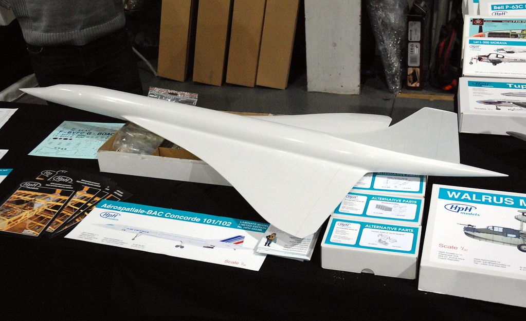 1/48 scale Concorde part built on the HpH Models display ...