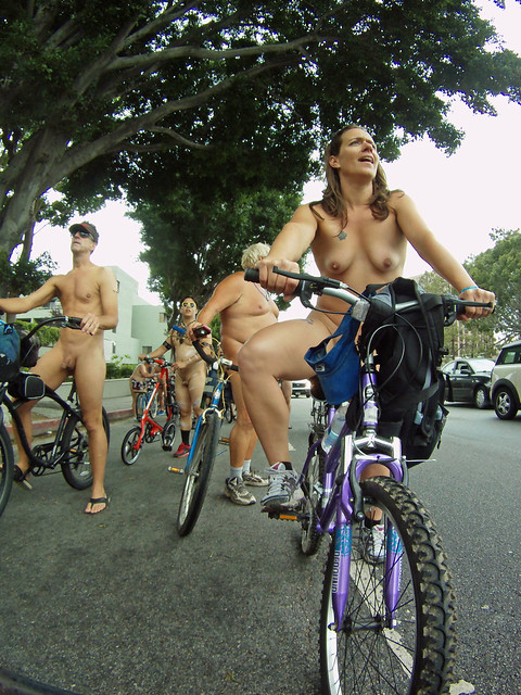 LA World Naked Bike Ride (1868)