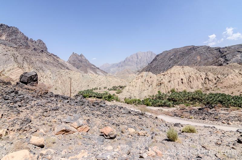 Wadi Bani Awlf en la cordillera Al Hajar