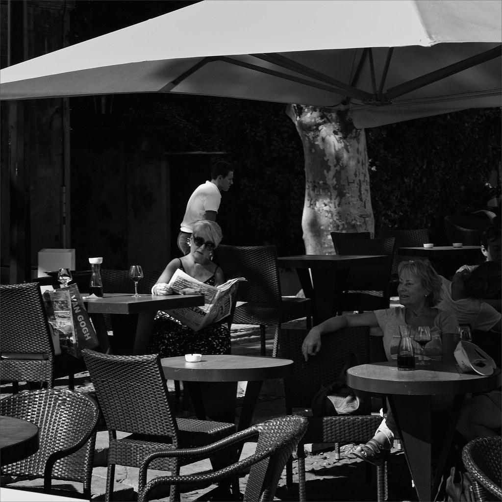 Avignon, dans les rues 30064787920_0aff7ffbb1_b