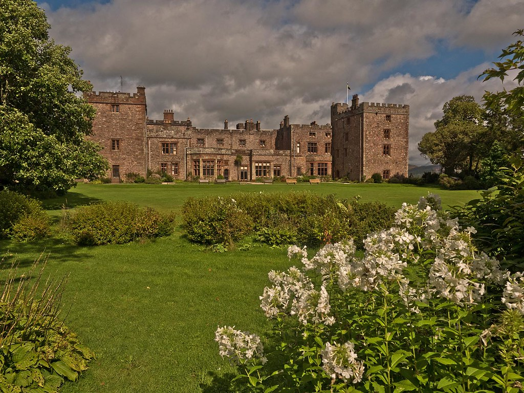 A recent visit to Muncaster Castle, Gardens & Owl Centre | Flickr