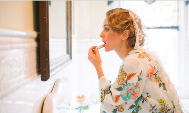Flawless in Wedding Photos: Makeup Artist Reveals 9 Tips for Great Bridal Makeup