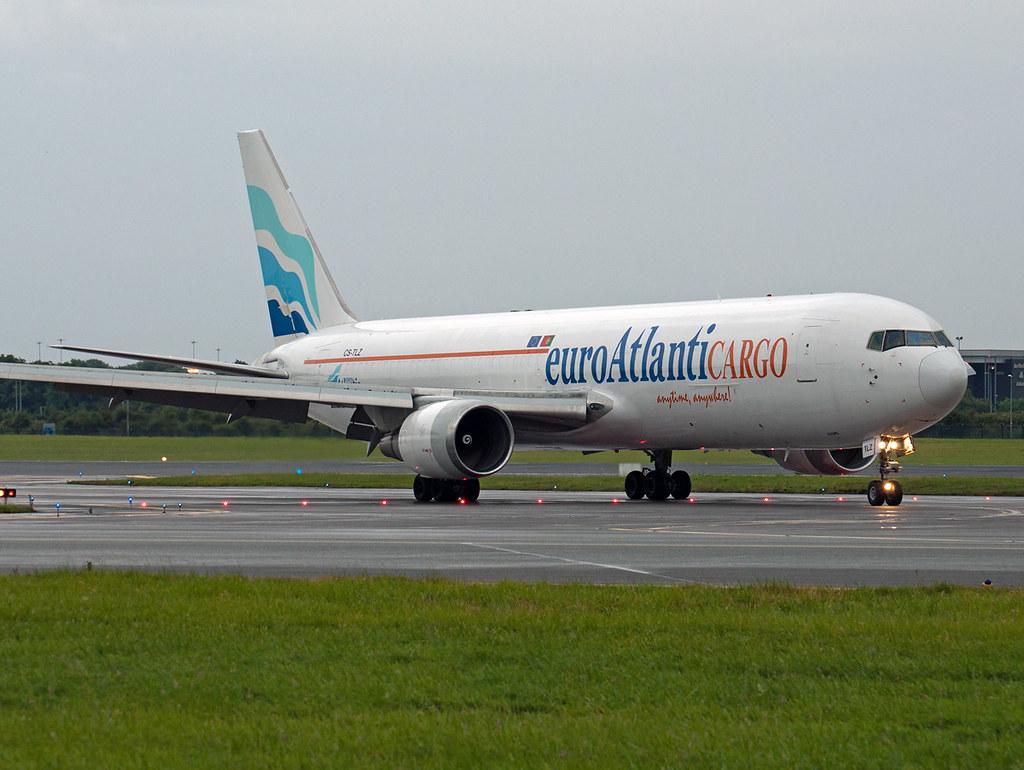 CS-TLZ Boeing 767-375ER(BDSF) | Arriving at Dublin in the ra