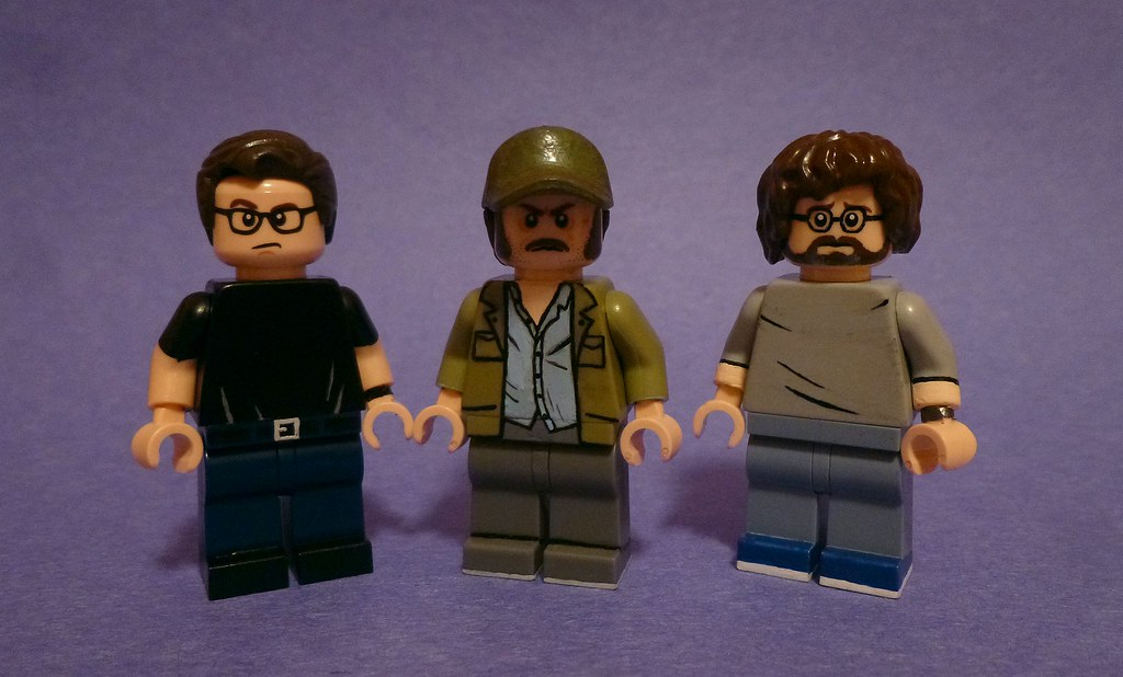 custom lego jaws minifigures  brody  quint  and hooper