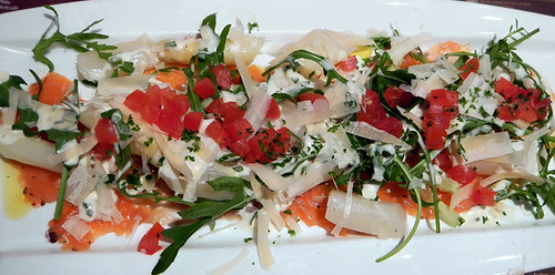 White Asparagus & Smoked Salmon Salad in the Cambrinus