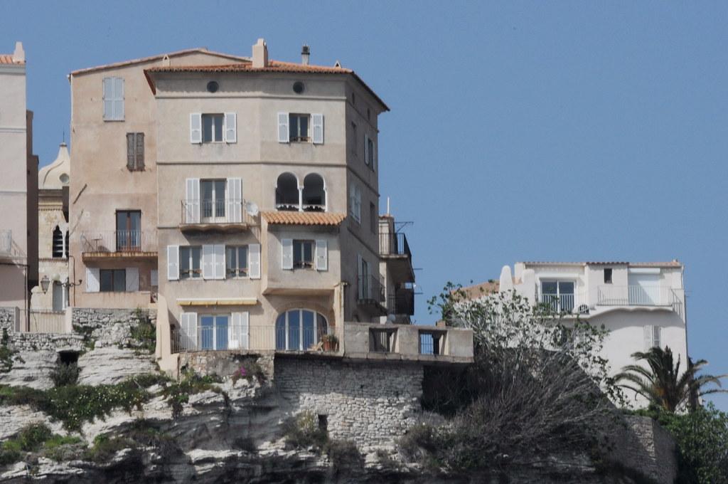 Bonifacio la maison de marie jos nat 2013 04 26 flickr for Maison de la literie bastia
