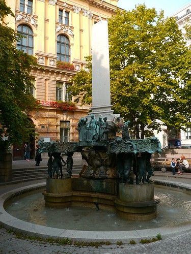 Vienne autriche karl borrom us brunnen josef engelhart for Architecte 3d wikipedia