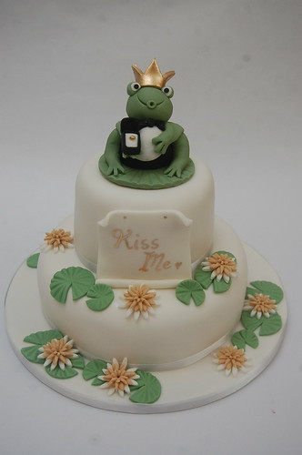 Who wants a traditional wedding cake anyway - this is far more fun!! The Frog Wedding Cake (would also make an excellent engagement cake!) - from £100.