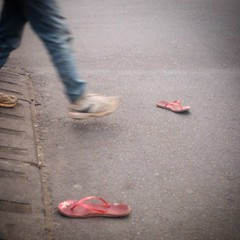 Someone left in a hurry... #copscoming #pomo #madagascar #antananarivo #lonelyshoes