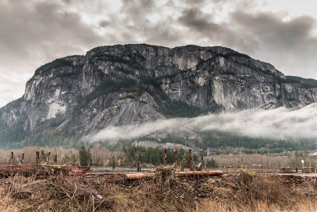 The Chief Squamish 2015 01 11 004 Lr Stawamus Chief