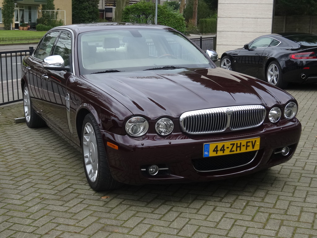 2008 Daimler Super Eight The Most Luxury Editions Of