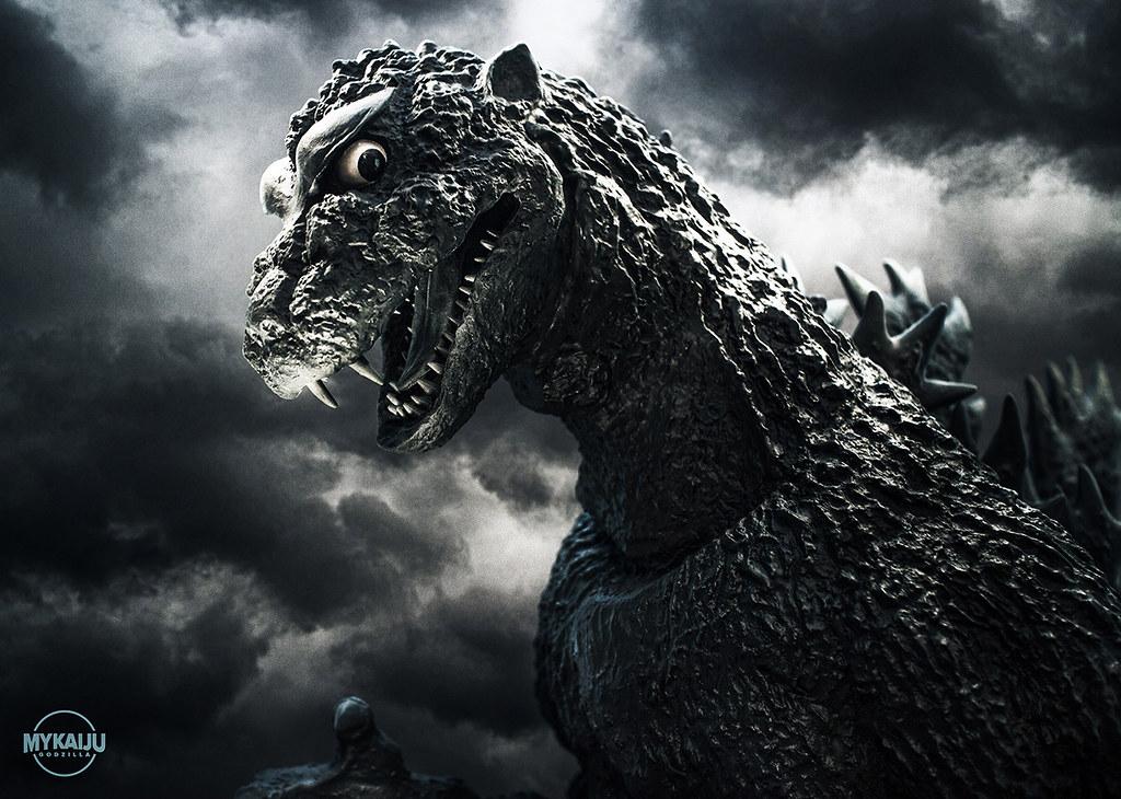 Shodai Godzilla 1954   X-Plus GIgantic Godzilla 1954 (John R ...