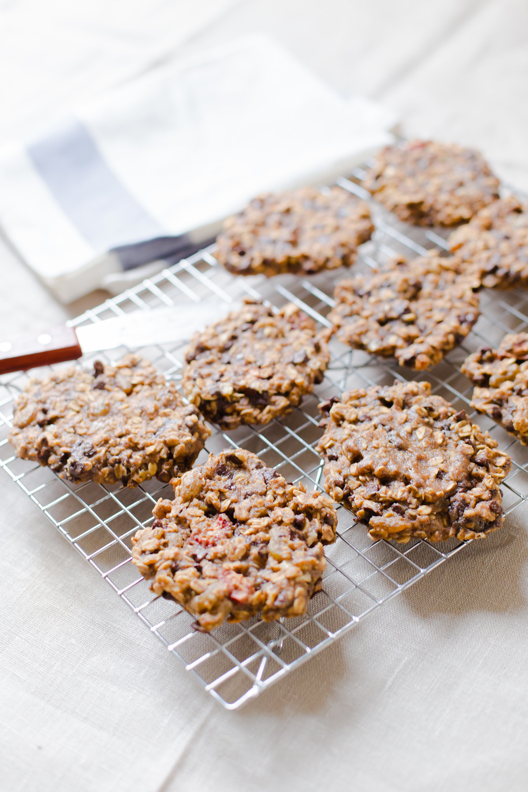 Oatmeal and Chocolate Breakfast Cookies