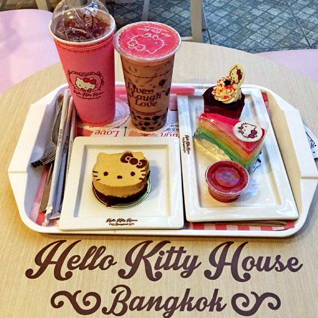Hello Kitty House Bangkok At Siam Square One Bangkok Phot