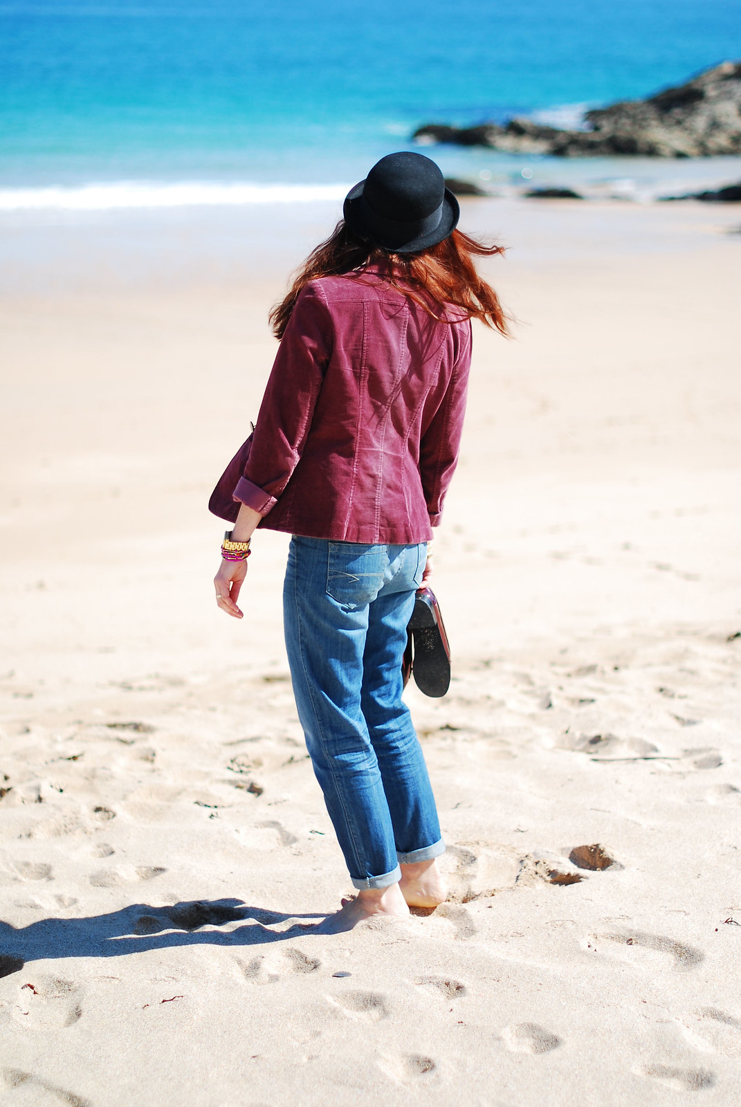 Bowler hat, blazer and boyfriend jeans on the beach | Not Dressed As Lamb