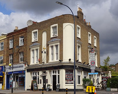 Picture of Blythe Hill Tavern, SE23 1JB