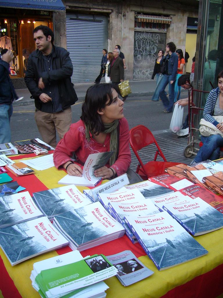 ParadetaFundacióPereArdiacaaLesRambles23d'abril2007