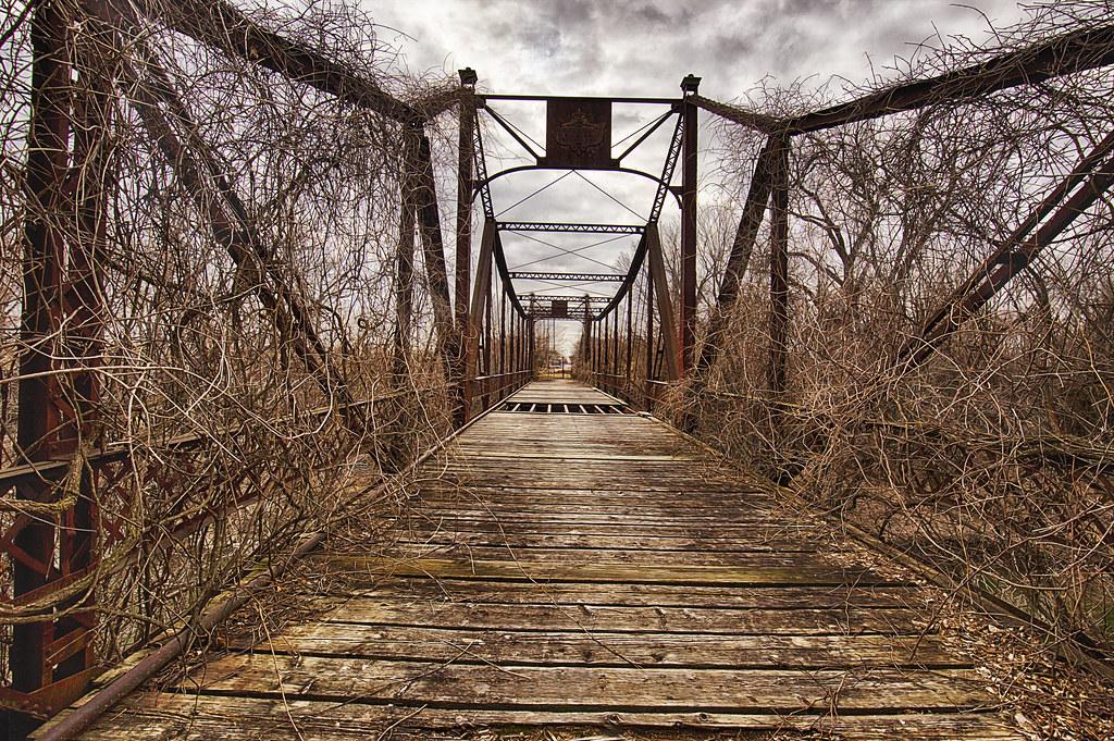 Osawatomie >> Asylum Bridge | The small town of Osawatomie, KS has had a r… | Flickr