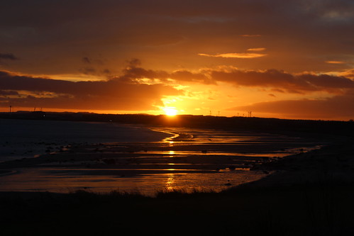 Sunset in Lundin Links, Fife | by FunkyEllas Travel