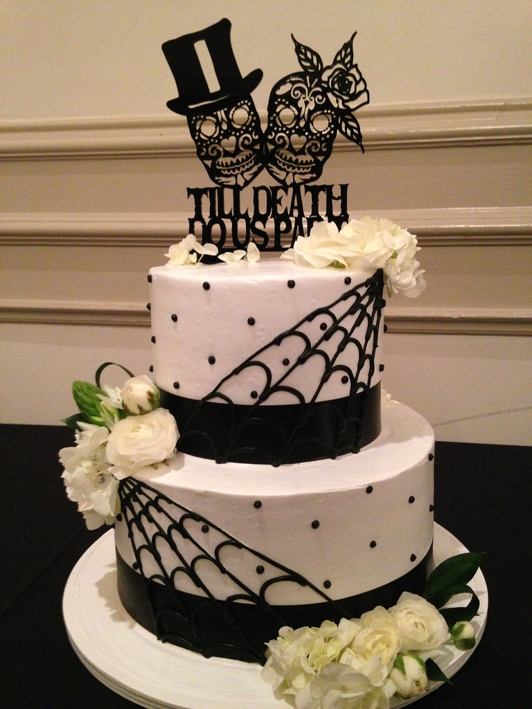 Day Of The Dead Wedding Cake 3321 Two Tier Day Of The