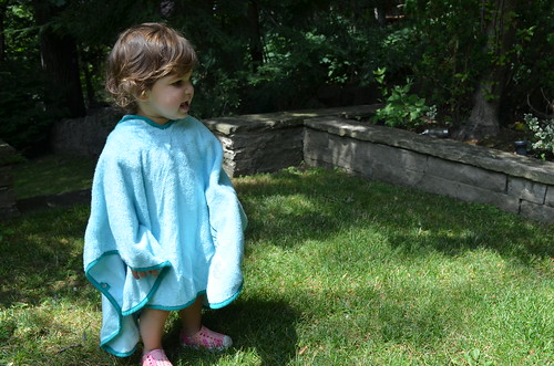 Cuddledry Poncho Towel {Product Review}