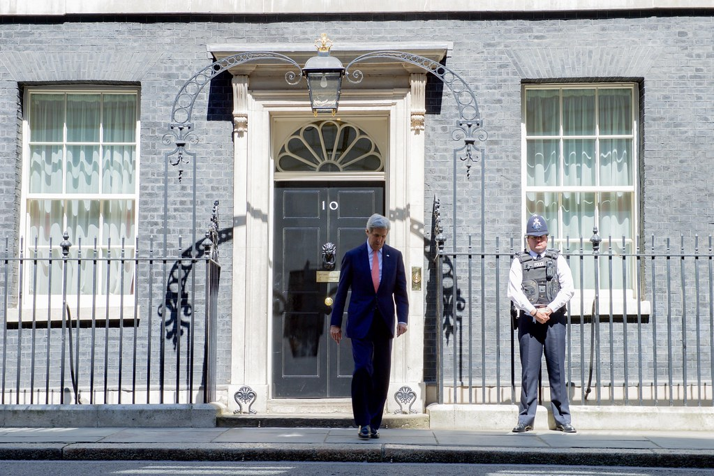secretary kerry exits no 10 downing street in london flickr. Black Bedroom Furniture Sets. Home Design Ideas