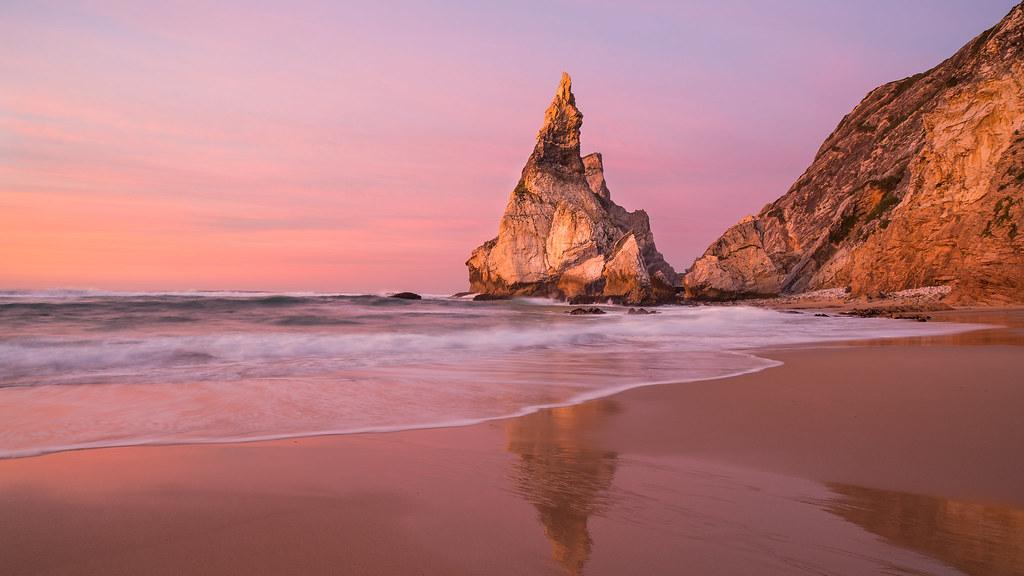 скалы берег песок  № 1185455  скачать