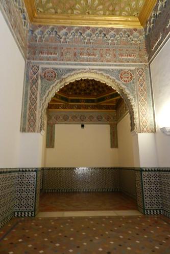 Arco de yeso entre cuarto del principe y alcoba de la rein for Cuarto real alcazar sevilla