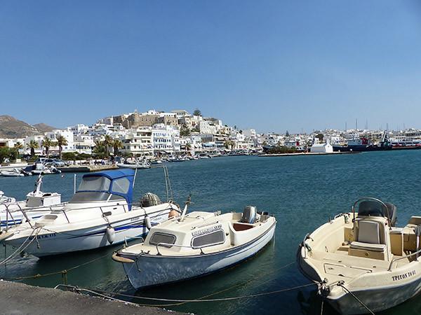 le port de Naxos vu de palatia
