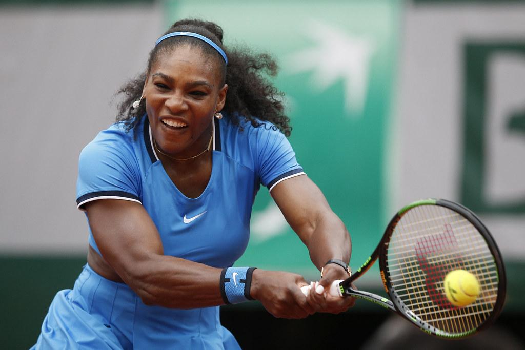 Serena Williams對自己過多失誤很不滿意。(達志影像資料照)