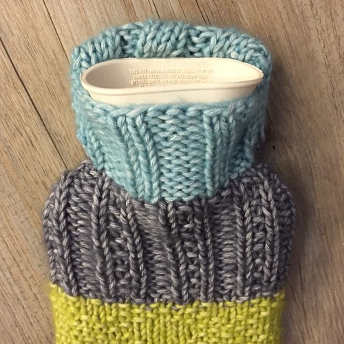 Free Knitting Pattern For Small Hot Water Bottle Cover : Mini hot water bottle cover - free pattern Sarah Flickr