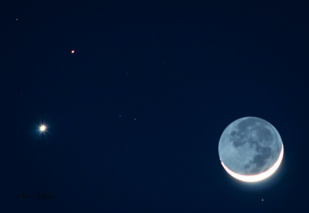 moon venus mars - 1024×708