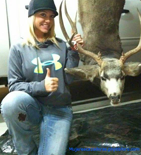 La cazadora norteamericana Jordenne Jacobson 16106013404_cf417525f9_z