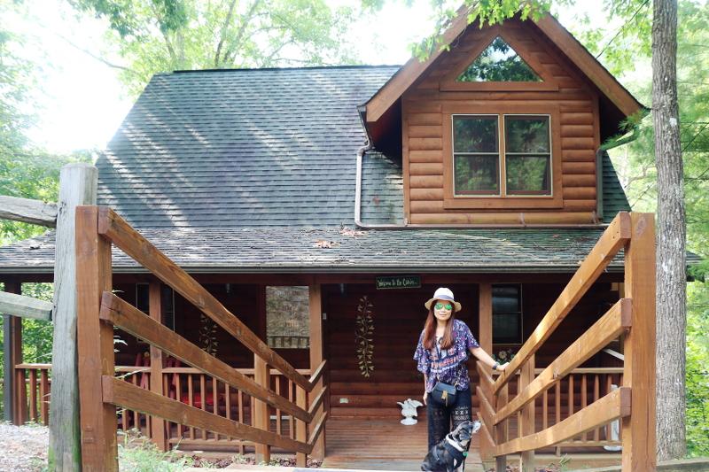 glamping-cabin-log-house-1