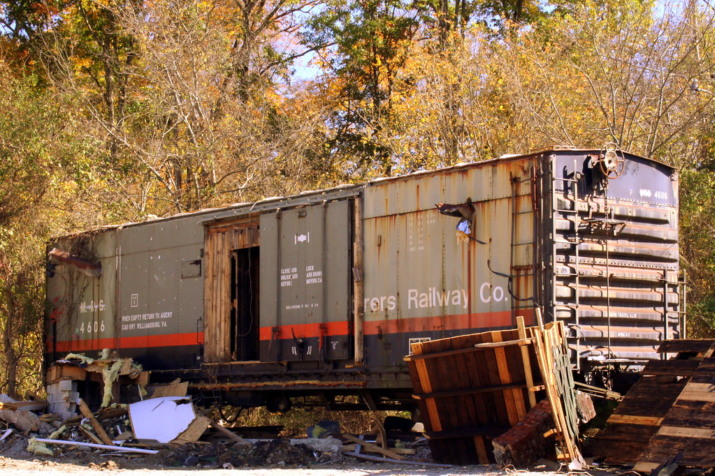White Motor Company >> Manufacturers Railway Boxcar #4606 | As of the day I took ...