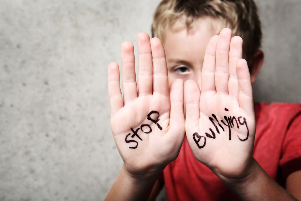 Η ενδοσχολική βία: τι είναι, γιατί συμβαίνει, πώς αντιμετωπίζεται;