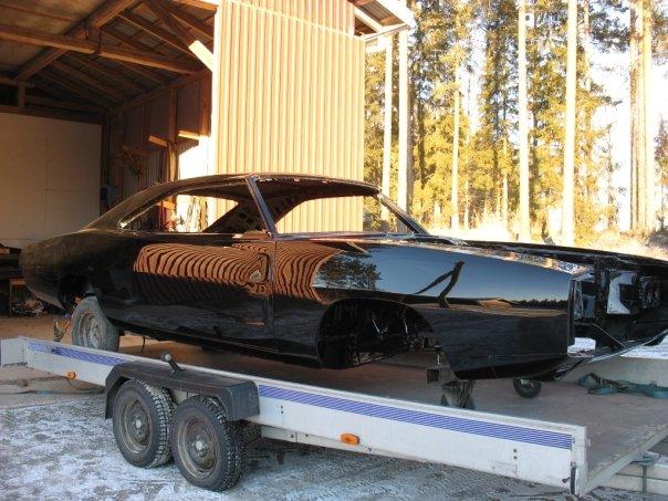 "MikkoV garage:  Charger SRT8 -70,  Manta A 2800S, Camaro RS -70 ""drift"", W212, Pontiac Tempest jne. 15541657724_1657a60dc8_o"