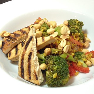 Dinner: spicy veg fried rice and grilled tofu #vegan | by jenofur
