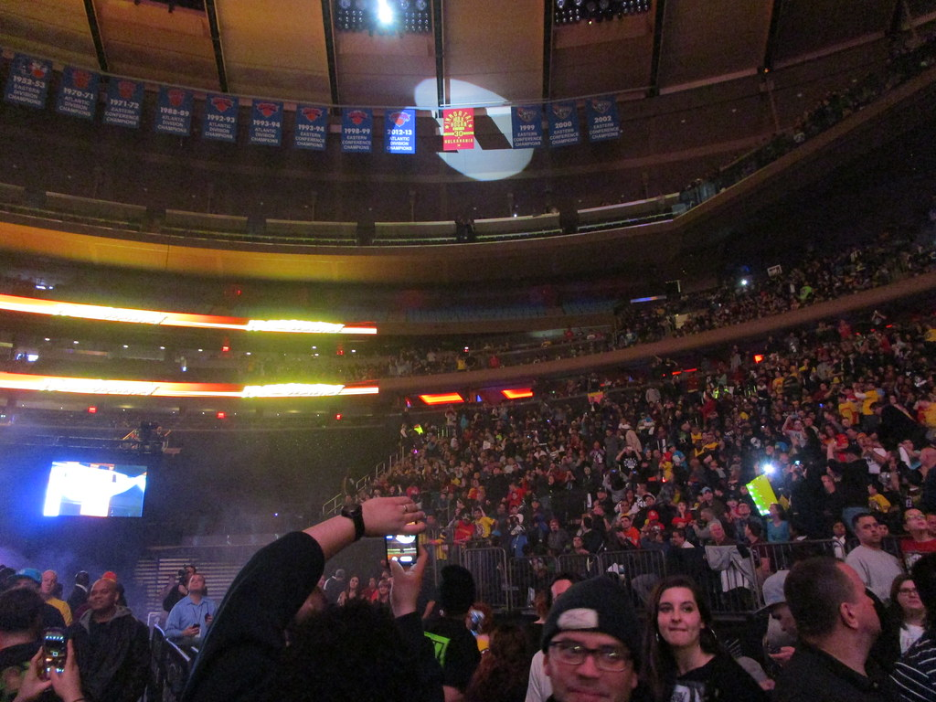 ... WWE At MSG (Hulk Hogan Appreciation Night), 02/27/15: