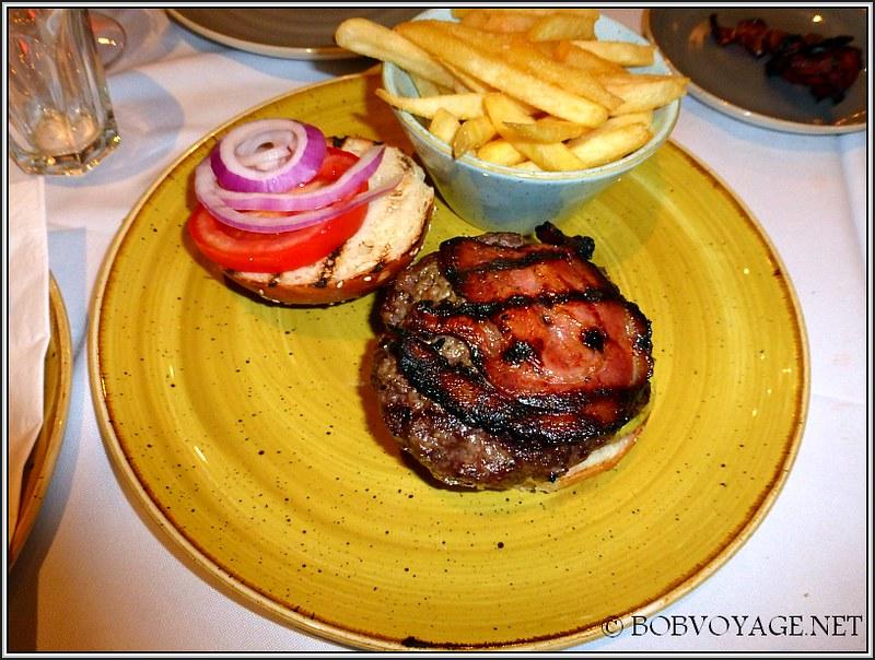 המבורגר בקר ב- סנטה רוזה