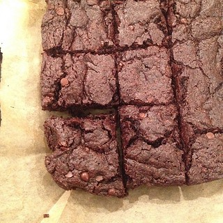 Taught Reno how to make my somewhat secret brownie recipe. She did about 95% of it herself! #vegan | by jenofur