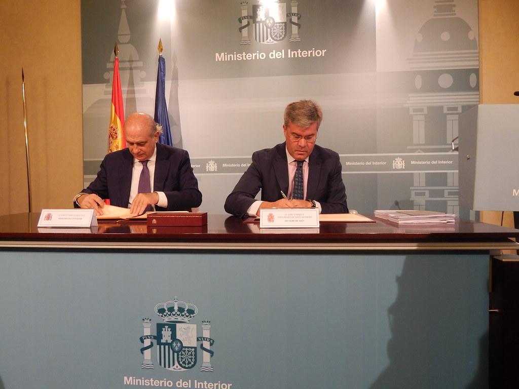 el ministerio del interior y el ayuntamiento de ja n suscr