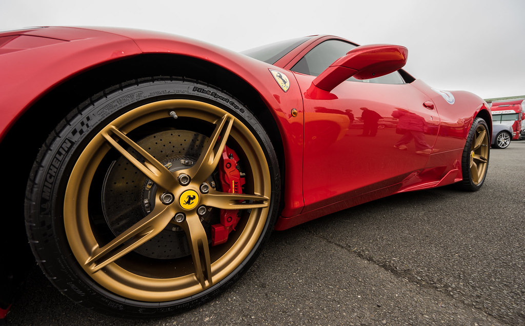Gold Wheels Ferrari 458 Speciale Falcon 174 Photography