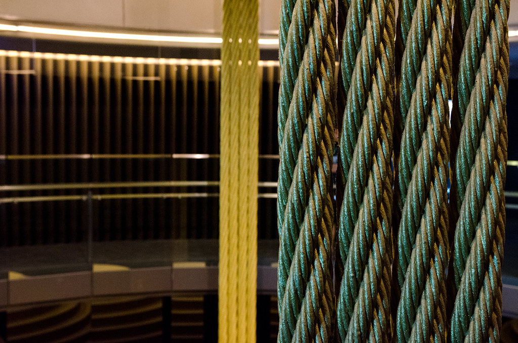 Ropes supporting Taipei 101's Damper