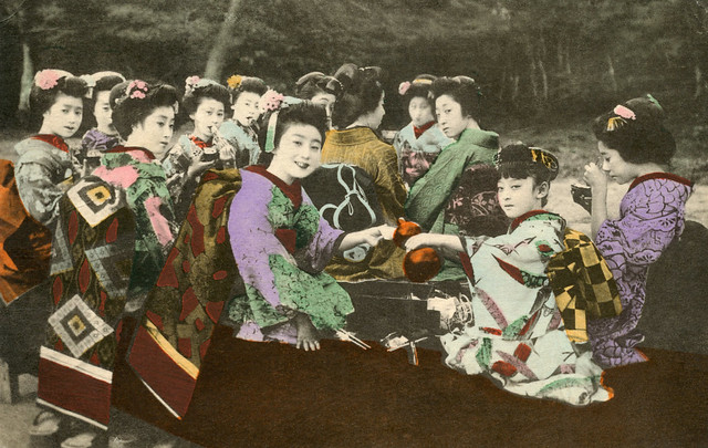 Kyoto Geiko and Maiko 1910s