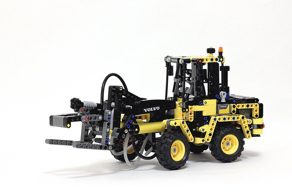lego technic 42053 wheel loader volvo l30g review youtu. Black Bedroom Furniture Sets. Home Design Ideas