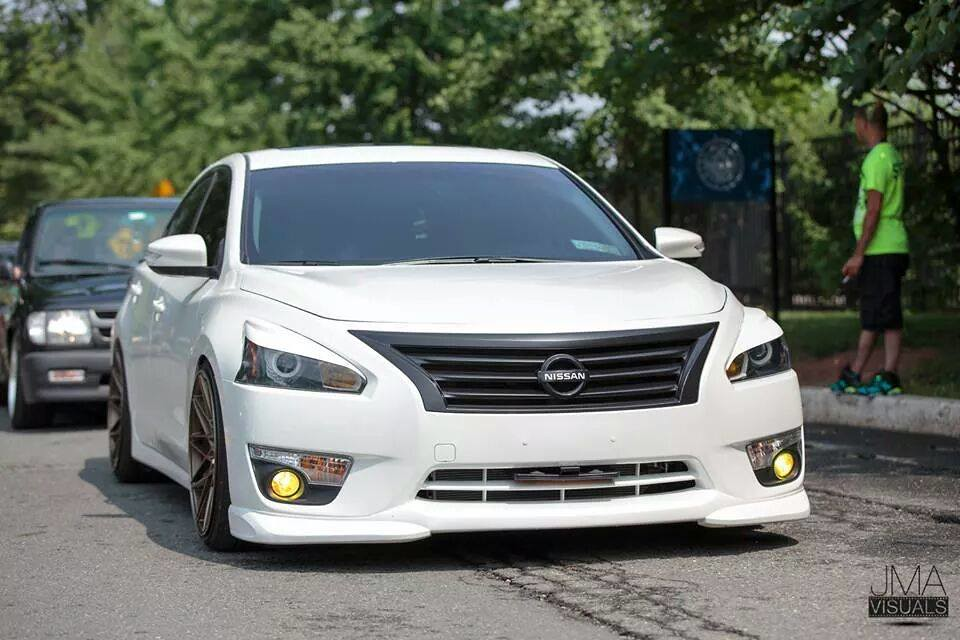 lowered altima with 15800020477 on 318750 Fitted Flush Stanced Slammed Altimas 7 in addition Toyota Camry V6 Tuning Refinado besides 690543 Correct Eibach Part Number further Rides 2006 Nissan Altima Se R additionally Van.