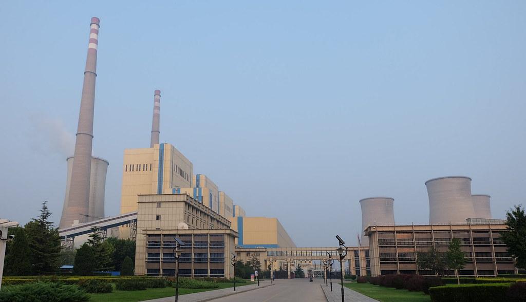 「國華北京熱電廠」仍在營運中,預定2016年底關廠 攝影:陳文姿