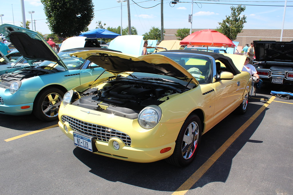 Buffalo Thunderbird Club Car Show Present Ford Th Flickr - Buffalo car show